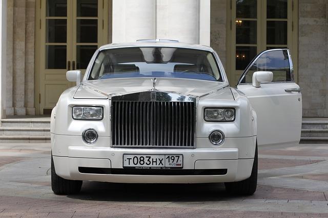 Rolls Limousine